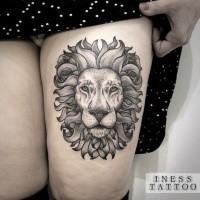 Accurate dot style thigh tattoo of impressive lion portrait