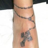 eccezionale rosario con crocefisso bracciale tatuaggio su caviglia