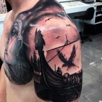 particolare bel disegno dettagliato nave vichinga  con corvo a vela tatuaggio su spalla e petto