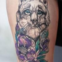 Erstaunliche suchen farbige tattoo der süße Hund mit Blumen