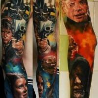 Tatuaje en el brazo, héroes  diferentes magníficos de  la guerra de las galaxias