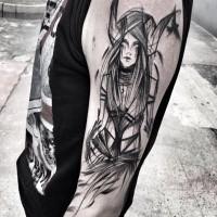 Tatuaggio anime in stile cartoon con la tomaia in stile blackwork di Inez Janiak