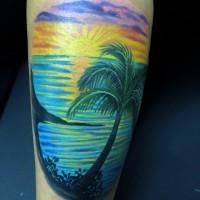 eccezionale blu colorato oceano con sole tatuaggio su coscia