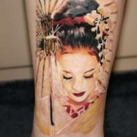 eccezionale colorato 3D geisha tatuaggio su caviglia