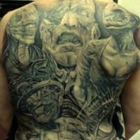 Tatuaggio incantevole sulla schiena i demoni