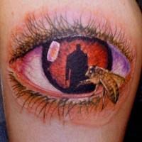 eccezionale dipinto grande colorato mistico occhio con ape tatuaggio su gamba