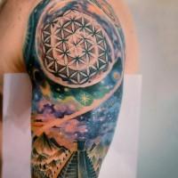 Aztekisches farbiges Raum Tattoo am Unterarm