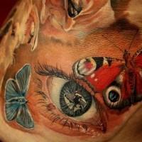 Tatuaggio impressionante l'occhio & le farfalle colorate