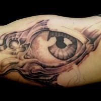 grande inchiostro nero occhio futuristico tatuaggio su braccio