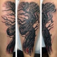 Schwarzes und weißes Unterarm Tattoo mit gruseligem Baum