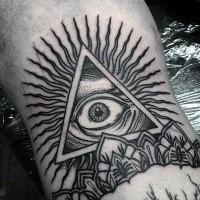 Triangolo mistico di inchiostro nero con tatuaggio per gli occhi