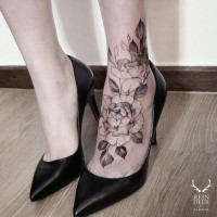 Black outline style nice looking ankle tattoo of big roses with leaves