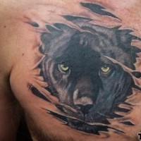 pantera nera sotto pelle tatuaggio sul petto