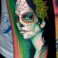 Blackhaired santa muerte girl with green roses