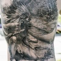 Atemberaubendes sehr schönes schwarzes Rücken Tattoo mit indianischem Jäger in der Nähe von Wald Fluss