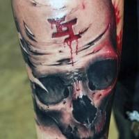 incredibile cranio colorato con sangue simbolo mistico tatuaggio su braccio