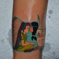 Cartoon Stil farbiges Arm Tattoo mit indianischem Mädchen und Peter Pan