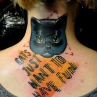 gatto escritta con forme geometriche tatuaggio da Marcin Aleksandr Surowiec