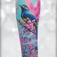 Tatuaggio girocollo in tinta unita con uccello nei fiori