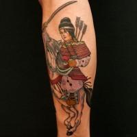 Tatuaggio carino sul braccio il samurai sul cavallo