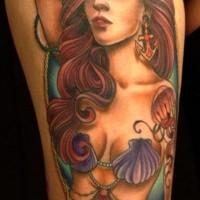 sirena colorata tatuaggio sulla coscia