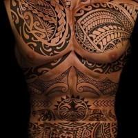 fresca idea di polinesiano  tatuaggio su tutto corpo