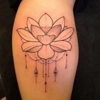 fresco piccolo fiore loto inchiostro grigio con perline tatuaggio su stinco