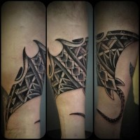 Cramp-fish pale ink tattoo in tribal style