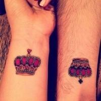 corona tatuaggio per gli amanti di pietre preziose