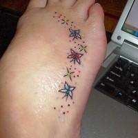 carine farfalle colorate cartoni animati tatuaggio su piede
