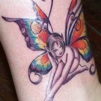 carin fata con farfalla ali tatuaggio