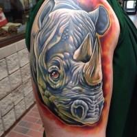 carino rinoceronte tatuaggio su braccio di uomo