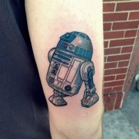 Detailed realistic Star Wars hero R2 D2 colored shoulder tattoo