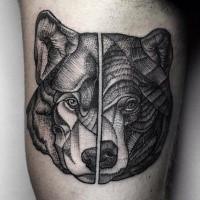 Dot Stil alt aussehende getrennte Tätowierung von Wolf und Bärenköpfen