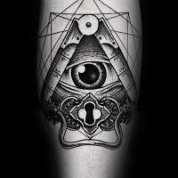 Tatuaggio dell'occhio umano con inchiostro nero ad effetto dotwork con il buco della serratura