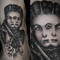 Gravur Stil schwarzweißes Seite Tattoo der mystischen Frau mit blutigem Dolch
