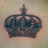 corona francese tatuaggio sulla schiena