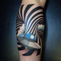divertente stile colorato barca spaziale tatuaggio su gamba