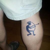 uomo divertente con arco e treccia tatuaggio su gamba