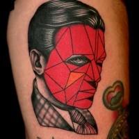 grande antico stile ritratto senza volto colore rosso tatuaggio su coscia