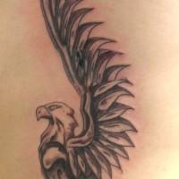 Greif Tattoo mit riesigen Flügeln am Rücken