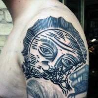 stile casalingo nero e bianco grande sole tatuaggio a mezzamanica