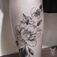 Incredible blackwork style leg tattoo of rose with leaves by Zihwa