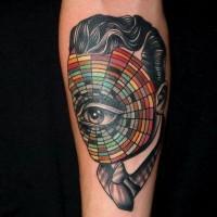 incredibile disegno antico ritratto senza volto con occhio tatuaggio su braccio