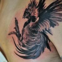 inchiostro nero gallo tatuaggio su petto di uomo