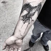 Realistico inchiostro nero medio avambraccio da tatuaggio dell'aquila volante