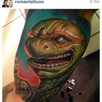Lifelike colored biceps tattoo of Ninja turtle