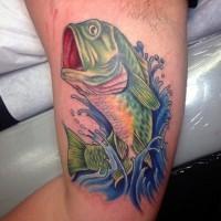 piccolo colorato pesce divertente tatuaggio su braccio