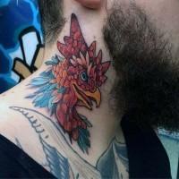 piccolo multicolore testa gallo tatuaggio su collo