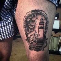 piccolo stile nautica ritratto in cornice tatuaggio su coscia